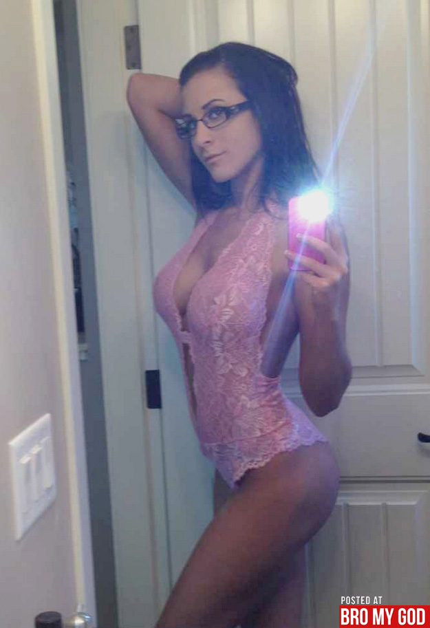 self-shot-hotties-007-04302012.jpg